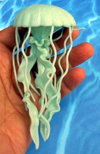 Jellyfish Model, glow in the dark